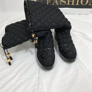 NEW LISTING - Tory Burch Quilted Boots